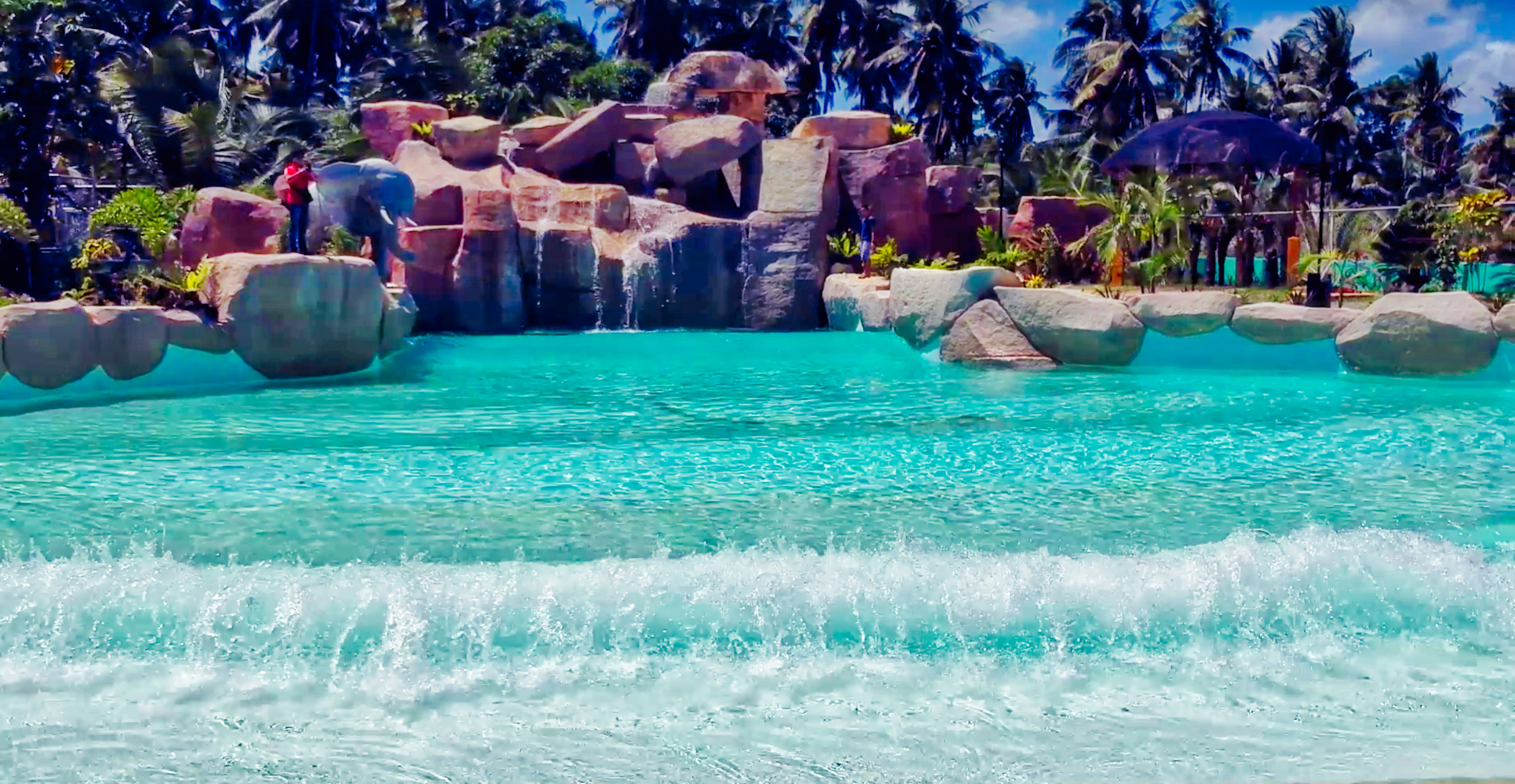 Video New Wave Pool At Maze Parks And Resort